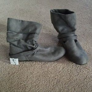 Lower East Side Boots | Gray Suede Boots Sz 9